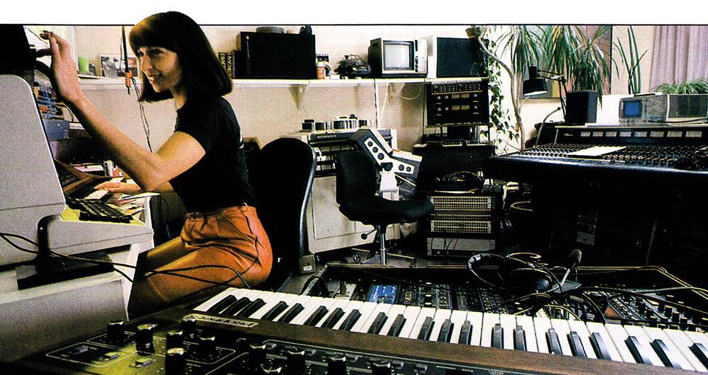 Woman-Producer_nhvdq04fTX1tbsgsko2_1280